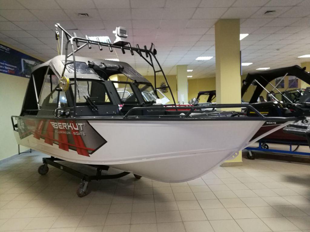 Berkut L-Arctica + Yamaha F70 FETL 1 200 000 р